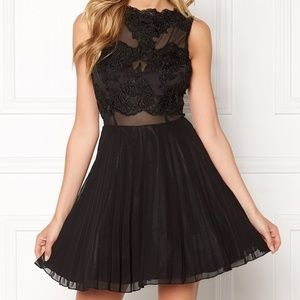 Nwt AX Paris lace top pleated skater dress 14